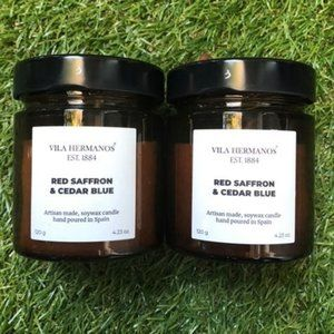 Vila Hermanos Red Saffron Cedar Candles